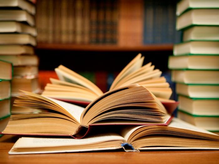 Βραχείες λίστες κρατικών βραβείων λογοτεχνικής μετάφρασης
