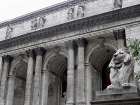 Η Βιβλιοθήκη της Νέας Υόρκης ανακοίνωσε τα βιβλία που δανείστηκαν περισσότερο το 2017